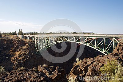 crooked river bridge vertigo