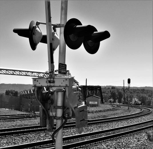 tracks and signal