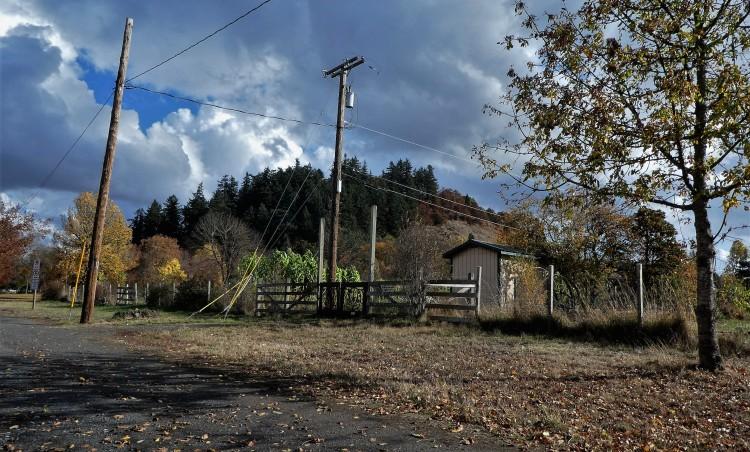 same farm at the base of skinner butte, eugene, oregon